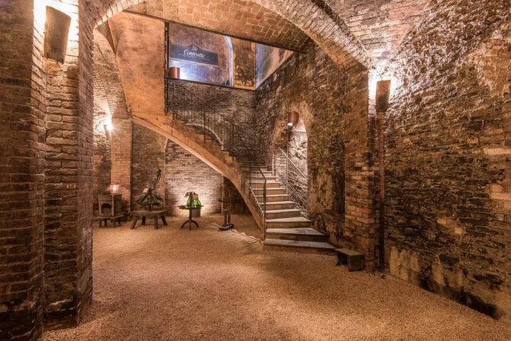 Cattedrali sotterranee Cantine Contratto © Cantine Contratto